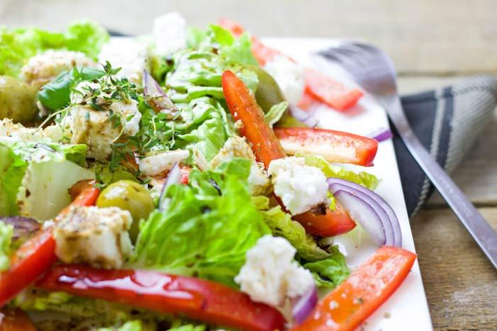 Овощной салат Айсберг с зернистой горчицей