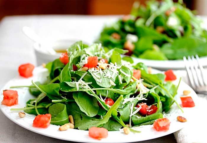 Рецепт салата с рукколой